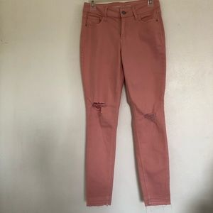 Old Navy Mid- Rise Super Skinny Jeans. Peach/Pink.